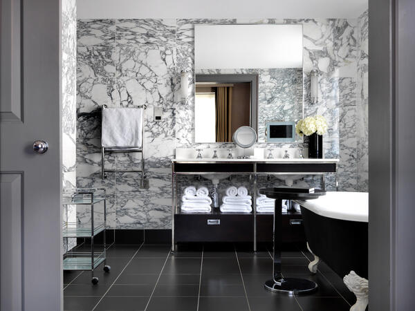 Bloomsbury Suite Bathroom1