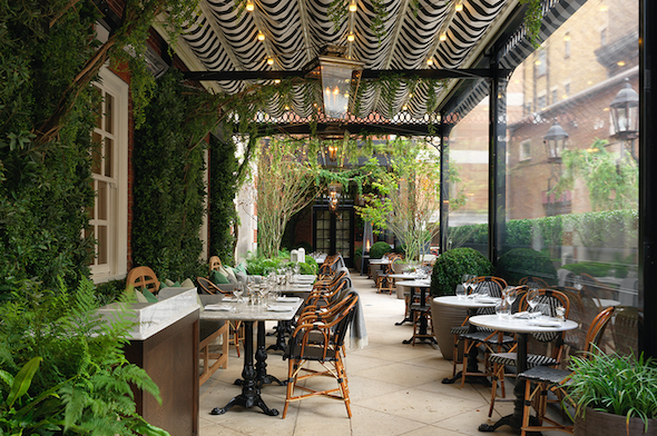 5-reasons-to-visit-dalloway-terrace-outdoor-bloomsbury-hotel-image1