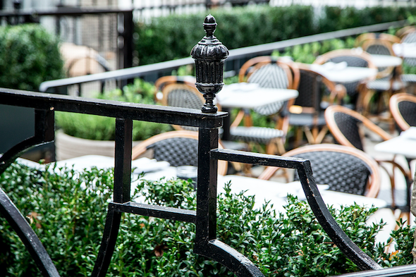 5-reasons-to-visit-dalloway-terrace-outdoor-bloomsbury-hotel-image2