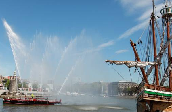 Boata taking part in the Bristol Harbour Festival