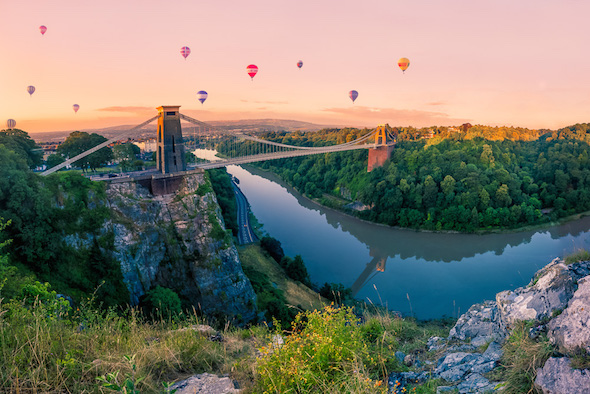 Hot-air ballons over Bristol City