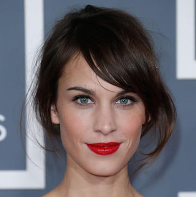 Alexa-chung-hair-first-look-at-her-l-oreal-campaign-35539_w1000