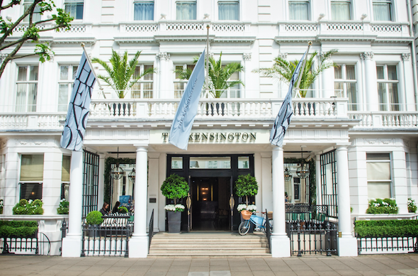 Explore London by bike with the Pedals, Picnic and Pashley offer at The Kensington, London.