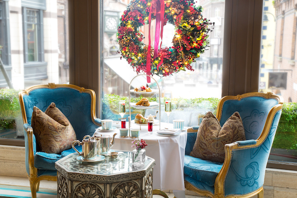 The festive season has begun in The Westbury hotel in the heart of Dublin city, with Christmas decorations from Appassionata Flowers.