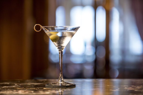 There's a secret to making the perfect martini, and Micheal O'Shea from The Westbury hotel in Dublin has the best tips.
