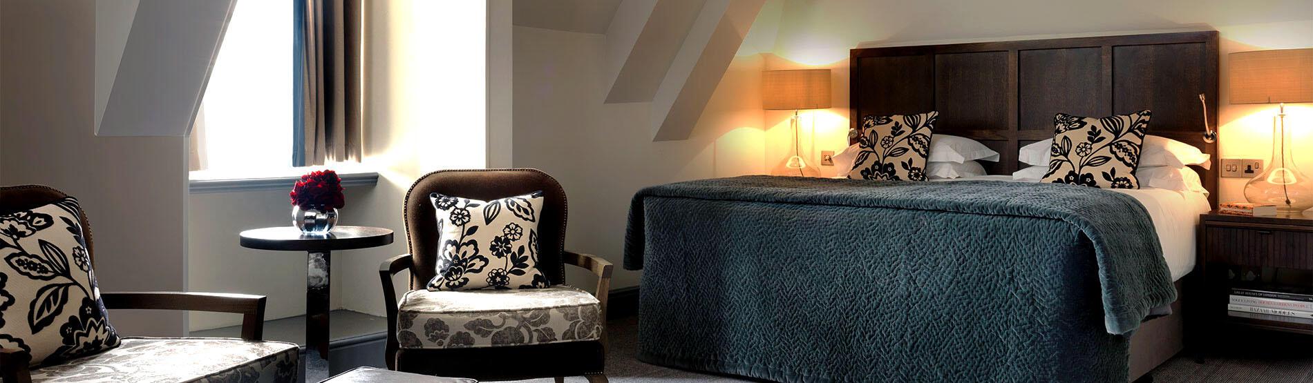 home rooms chambre deluxe avec 1 lit queen size - Lit Queen Size