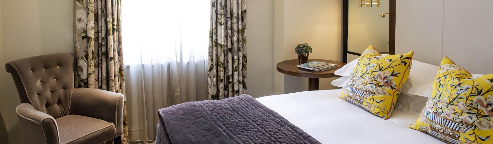 Hotel Rooms Kensington Classic Queen The Kensington